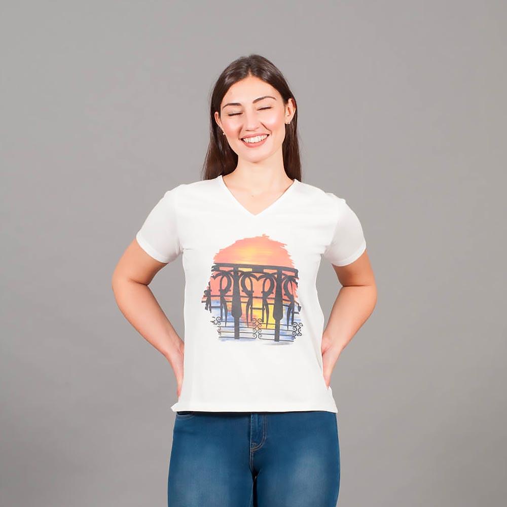 T-Shirt A V